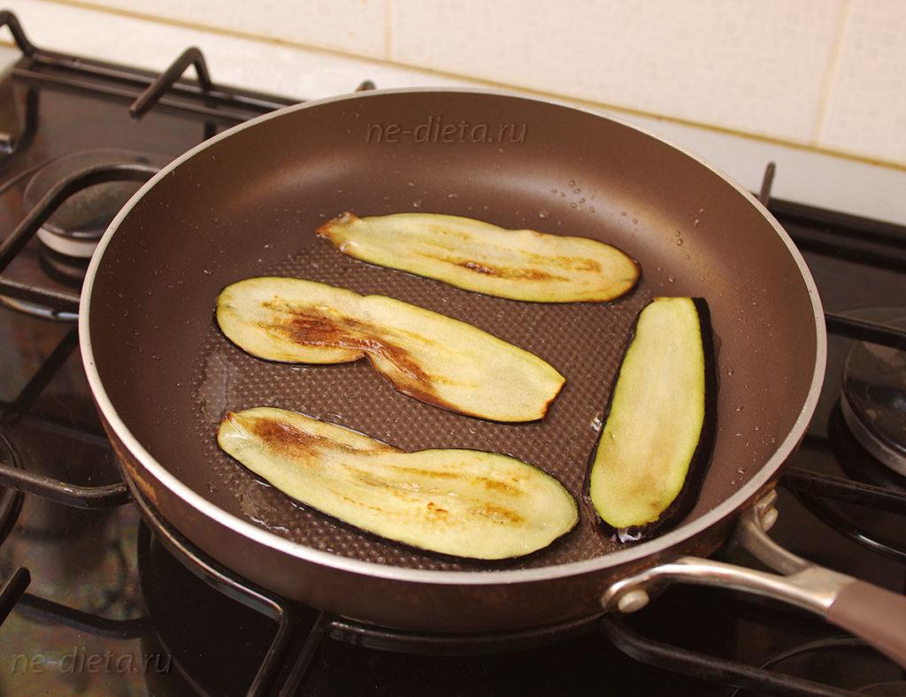 Жареные баклажаны на сковороде