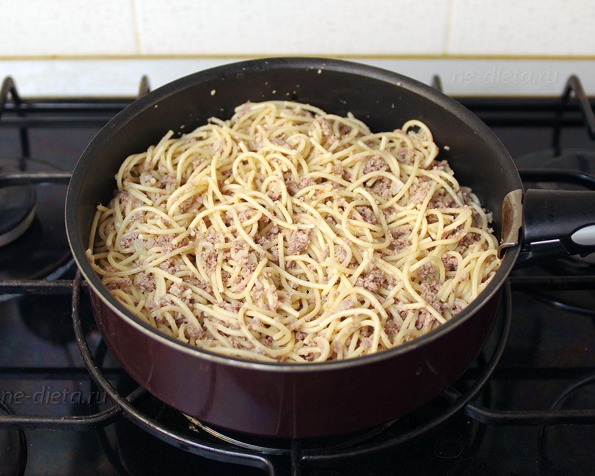 Как вкусно приготовить макароны по флотски с фаршем фото пошагово
