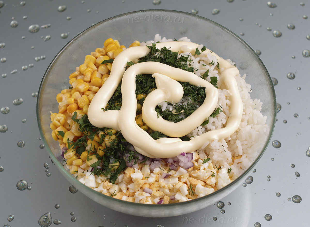 Крабовый салат заправить майонезом