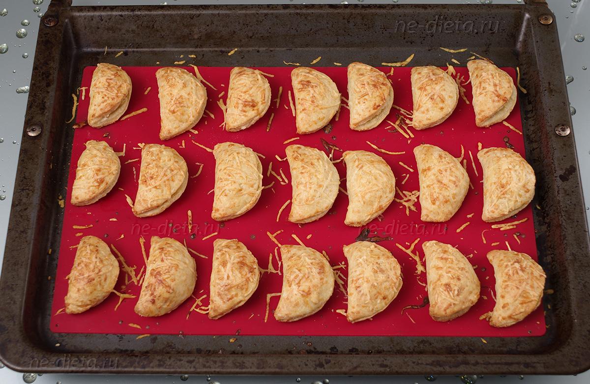 Сырные пирожки с курицей
