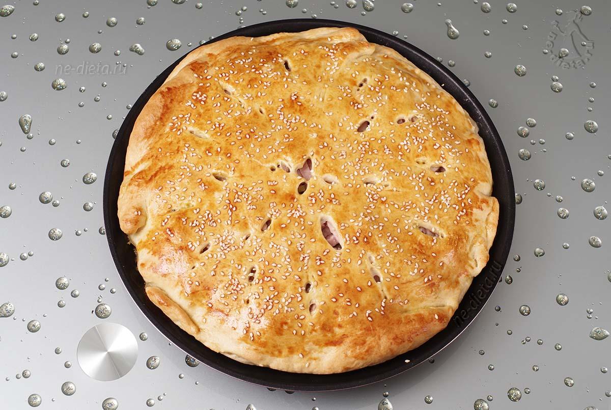 Пирог с ветчиной и картошкой из слоеного теста