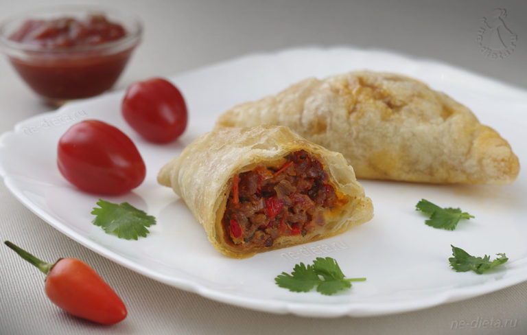 Эмпанадас — мексиканские пирожки с мясом