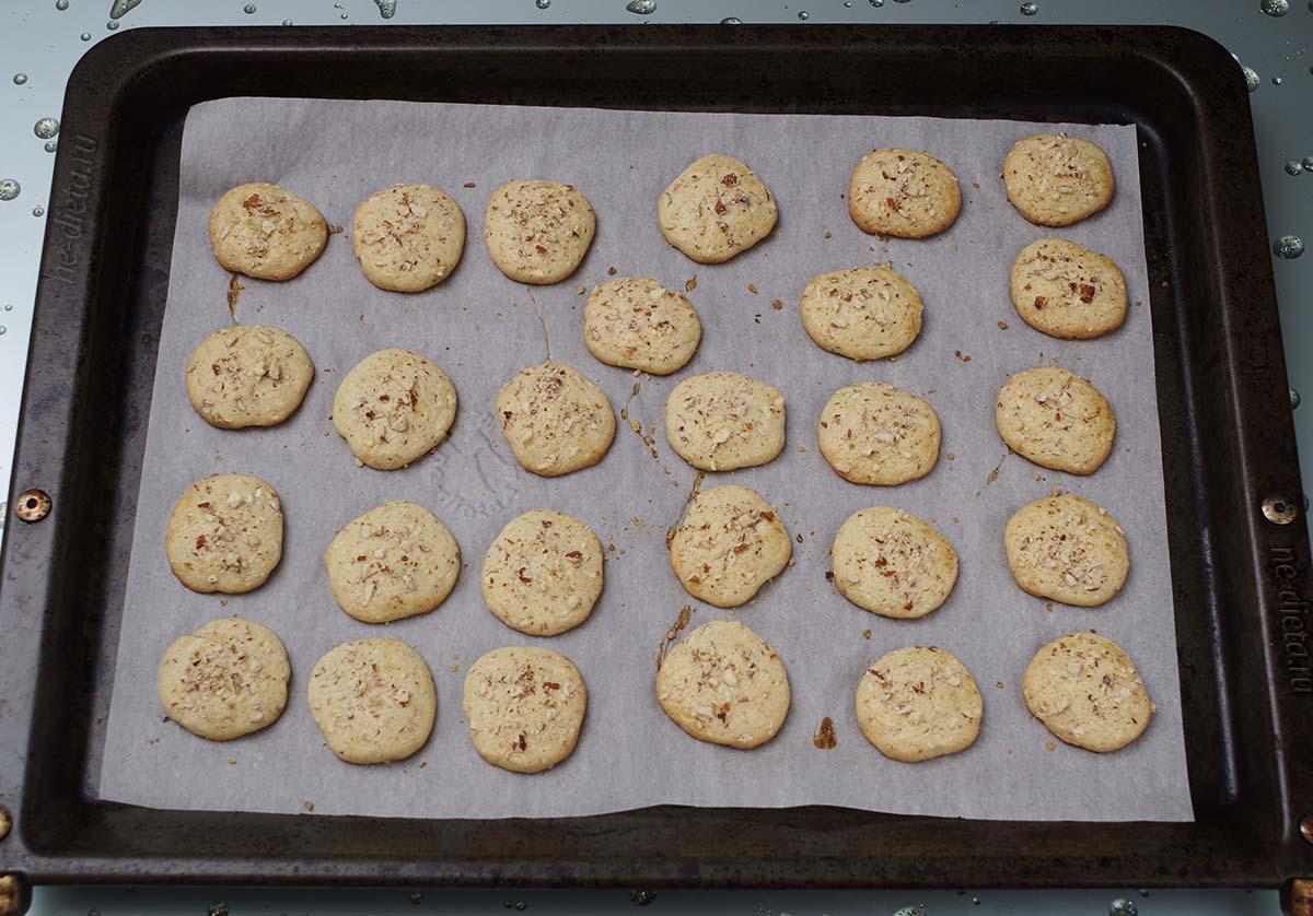 Печенье с миндалем из песочного теста