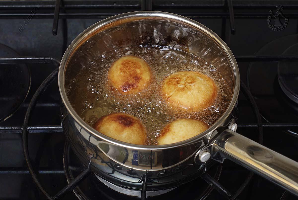 Пончики жаренные во фритюре