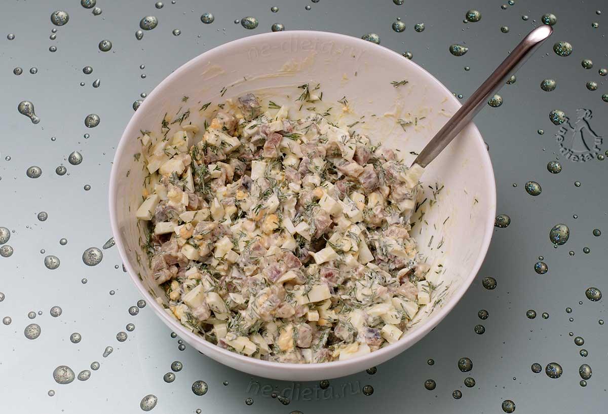 Начинка из селедки и яиц для блинов