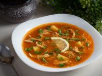 Томатный суп с курицей