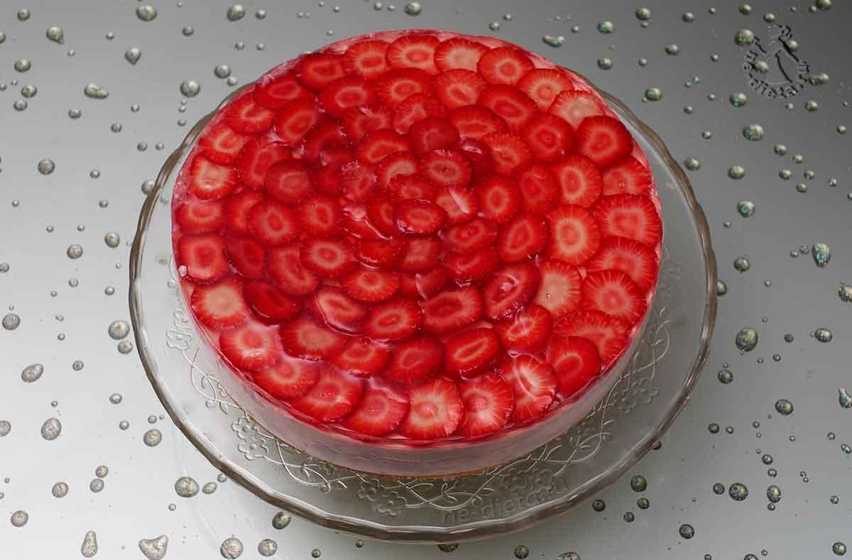 Торт суфле с клубникой