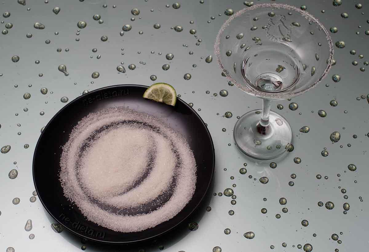 Сделать сахарную кромку у бокалов