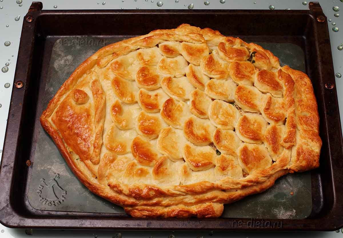 Пирог с семгой из дрожжевого теста