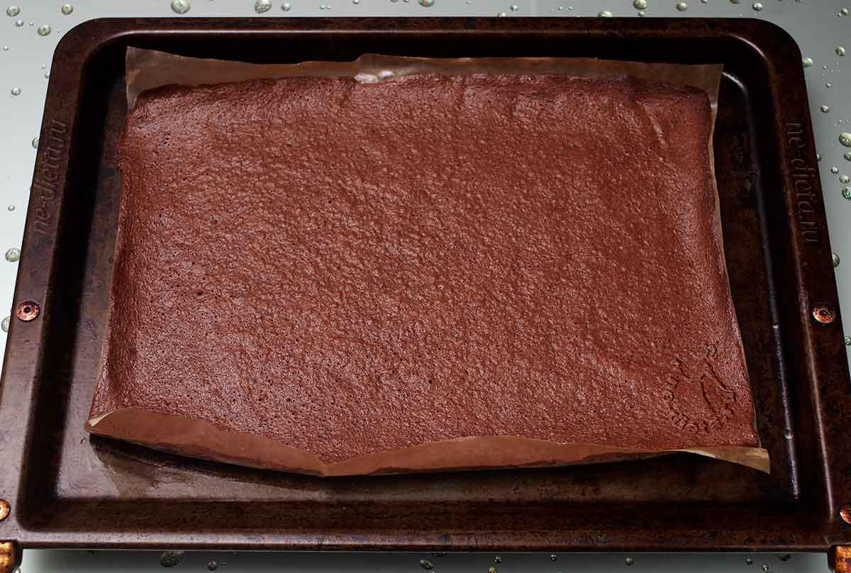 Шоколадный бисквит для рулета