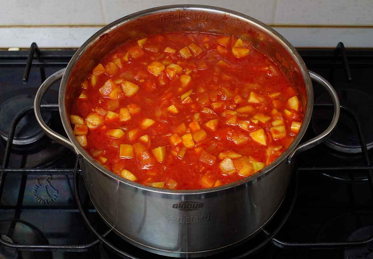 Тушить кабачковую икру до готовности овощей