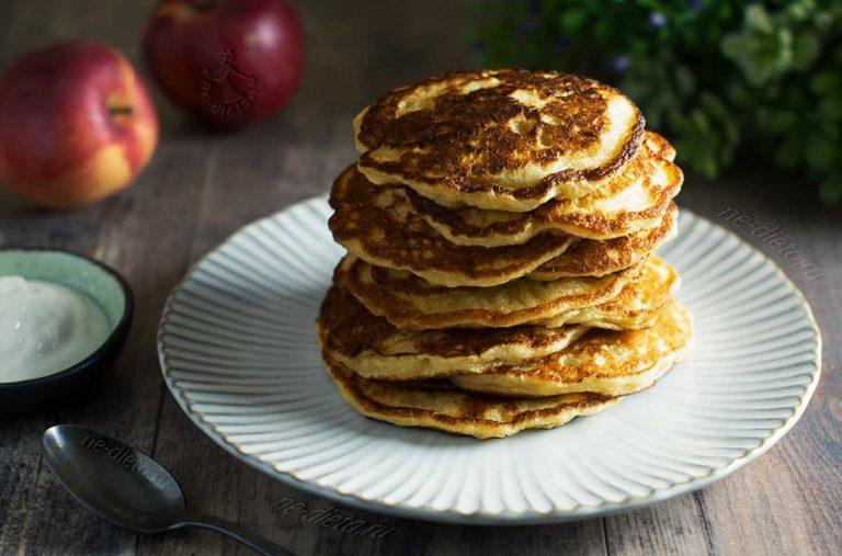 Оладьи с яблоками — 3 простых рецепта