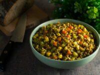 Гречка с сыром и овощами