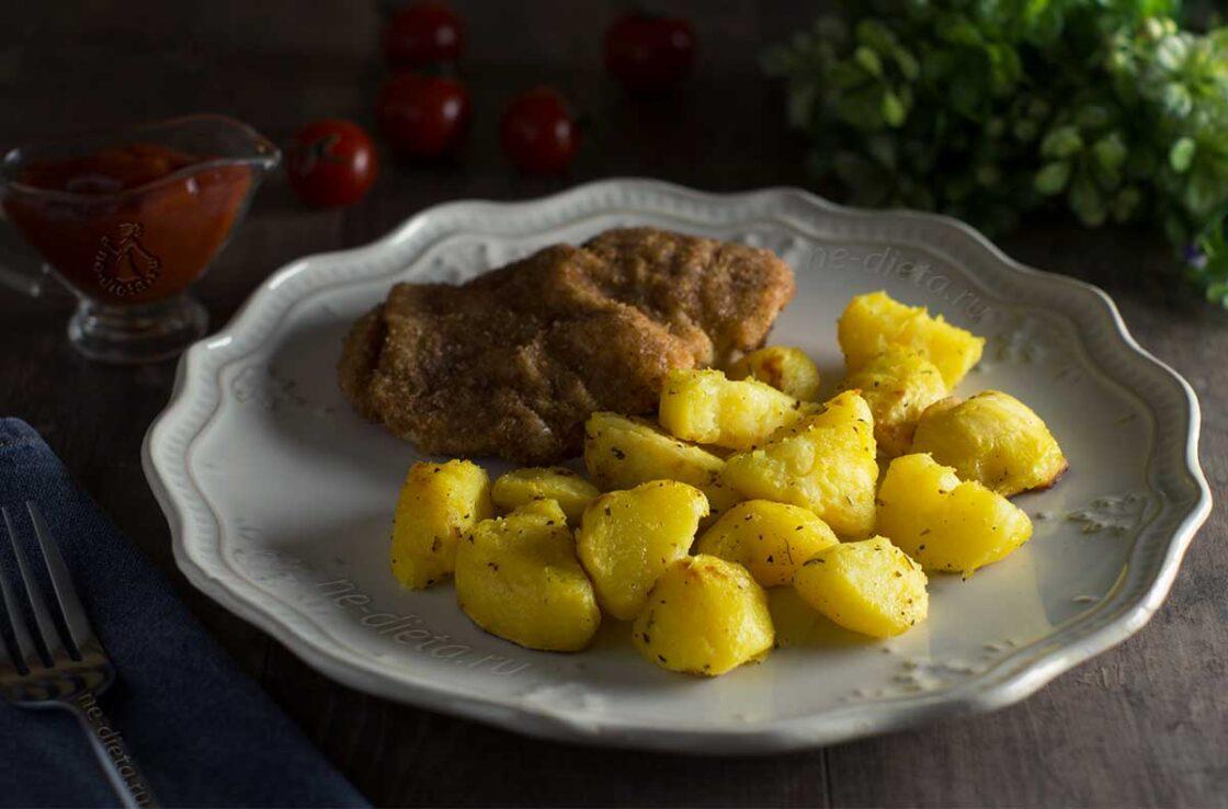Картошка запеченная кусочками в духовке